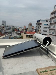 Máy nước nóng solahart sunheat 150L lắp đặt tại quận 3